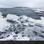 Lauttasaaren jäiset rantakalliot
